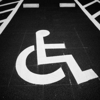 PL que modificaria Lei de Cotas cai por pressão de pessoas com deficiência