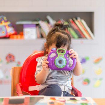 A comunicação na infância e suas especificidades nas crianças com TEA