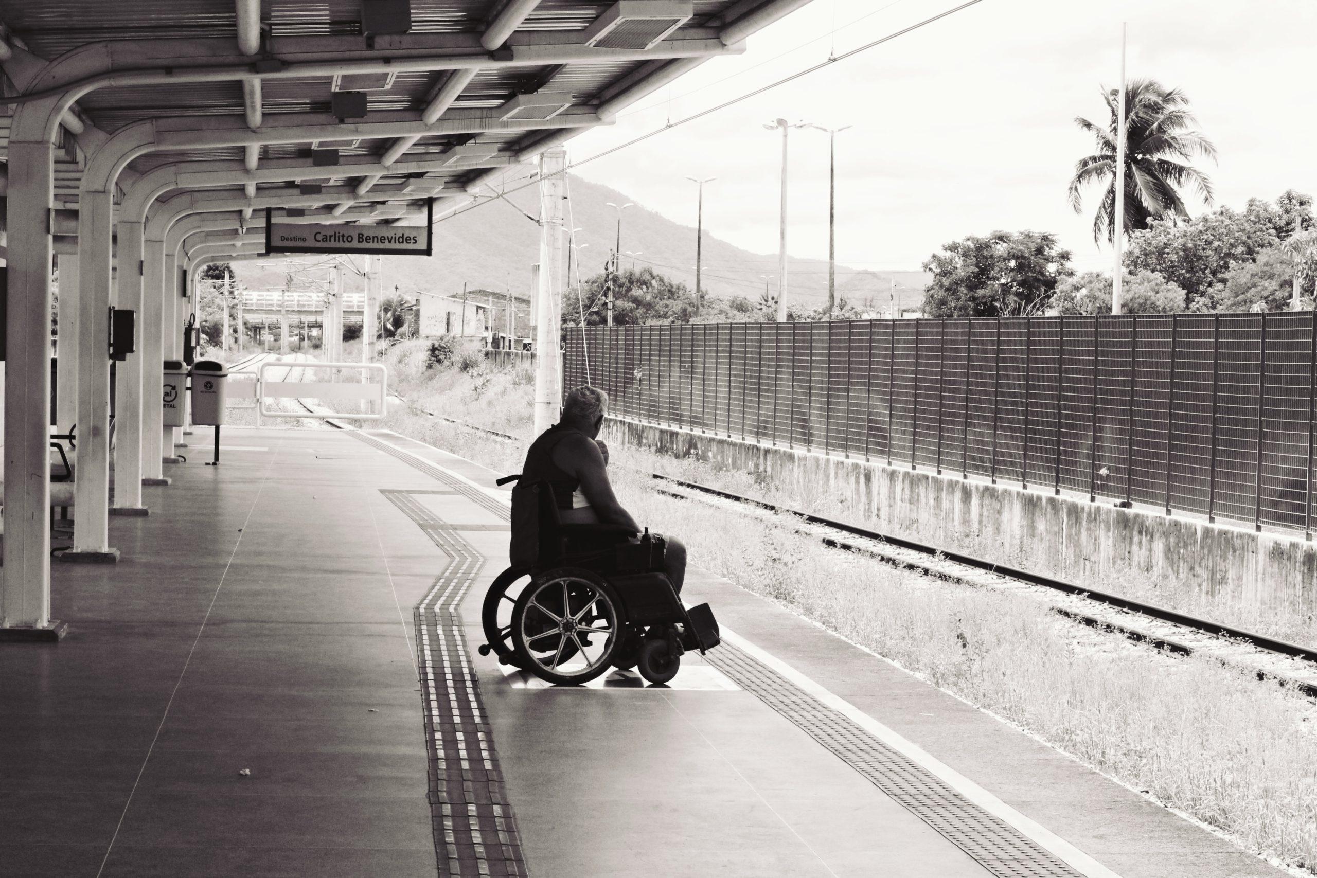 Concurso da Caixa Econômica Federal pretende contratar mil pessoas com deficiência